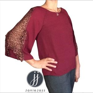 francesca's Miami NWT Sheldyn Crochet Blouse Size XS Burgundy Flare Sleeve Top